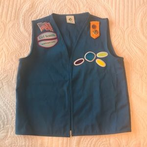 Girl Scout daisy vest with patches attached s/m